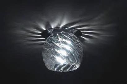 Точечный светильник DL048CH/Glass Donoluxвстраиваемые<br>Donolux Светильник встраиваемый декор. хрустальный, хром D 80 H 80 мм, капс.галог. лампа GY6,35 max. Бренд - Donolux. материал плафона - стекло. цвет плафона - прозрачный. тип цоколя - GY6.35. тип лампы - галогеновая или LED. ширина/диаметр - 85. мощность - 50. количество ламп - 1.<br><br>популярные производители: Donolux<br>материал плафона: стекло<br>цвет плафона: прозрачный<br>тип цоколя: GY6.35<br>тип лампы: галогеновая или LED<br>ширина/диаметр: 85<br>максимальная мощность лампочки: 50<br>количество лампочек: 1