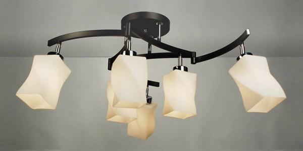 Потолочная люстра на штанге CL126161 Citiluxна штанге<br>CL126161 Люстра на штанге Берта CL126161. Бренд - Citilux. материал плафона - стекло. цвет плафона - белый. тип цоколя - E27. тип лампы - накаливания или LED. ширина/диаметр - 355. мощность - 75. количество ламп - 6.<br><br>популярные производители: Citilux<br>материал плафона: стекло<br>цвет плафона: белый<br>тип цоколя: E27<br>тип лампы: накаливания или LED<br>ширина/диаметр: 355<br>максимальная мощность лампочки: 75<br>количество лампочек: 6