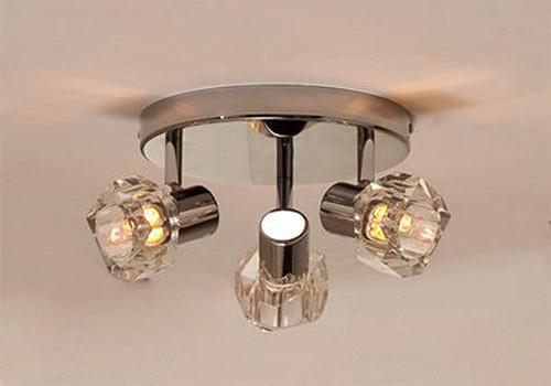 спот CL523531 CitiluxСпоты<br>CL523531 Споты Герда CL523531. Бренд - Citilux. материал плафона - стекло. цвет плафона - прозрачный. тип цоколя - G9. тип лампы - галогеновая или LED. ширина/диаметр - 310. мощность - 40. количество ламп - 3.<br><br>популярные производители: Citilux<br>материал плафона: стекло<br>цвет плафона: прозрачный<br>тип цоколя: G9<br>тип лампы: галогеновая или LED<br>ширина/диаметр: 310<br>максимальная мощность лампочки: 40<br>количество лампочек: 3