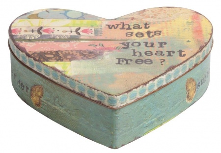 Декоративная коробка Heart DG-HOMEДекоративные предметы хранения<br>. Бренд - DG-HOME. ширина/диаметр - 200. материал - Металл. цвет - Разноцветный.<br><br>популярные производители: DG-HOME<br>ширина/диаметр: 200<br>материал: Металл<br>цвет: Разноцветный