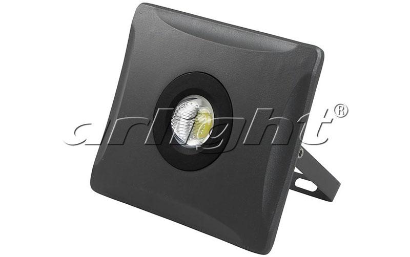 Уличный прожектор 020600 ArlightПрожекторы<br>. Бренд - Arlight. материал плафона - стекло. цвет плафона - прозрачный. тип лампы - LED. ширина/диаметр - 58. мощность - 50. количество ламп - 1.<br><br>популярные производители: Arlight<br>материал плафона: стекло<br>цвет плафона: прозрачный<br>тип лампы: LED<br>ширина/диаметр: 58<br>максимальная мощность лампочки: 50<br>количество лампочек: 1