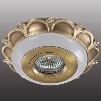 Точечный светильник 370034  Novotechвстраиваемые<br>370034 NT15 125 светлая бронза Встраиваемый  IP20 GX5.3 50W 12V ASTER. Бренд - Novotech. материал плафона - металл. цвет плафона - бронзовый. тип цоколя - GX5.3. тип лампы - галогеновая или LED. ширина/диаметр - 135. мощность - 50. количество ламп - 1.<br><br>популярные производители: Novotech<br>материал плафона: металл<br>цвет плафона: бронзовый<br>тип цоколя: GX5.3<br>тип лампы: галогеновая или LED<br>ширина/диаметр: 135<br>максимальная мощность лампочки: 50<br>количество лампочек: 1