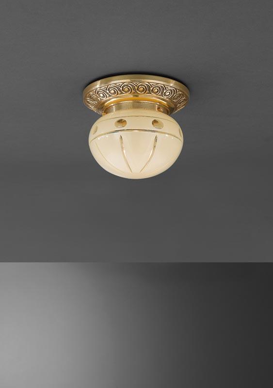 Накладной потолочный светильник PL 7843/1 Reccagni Angeloнакладные<br>PL 7843/1. Бренд - Reccagni Angelo. материал плафона - стекло. цвет плафона - бежевый. тип цоколя - E27. тип лампы - накаливания или LED. ширина/диаметр - 160. мощность - 60. количество ламп - 1.<br><br>популярные производители: Reccagni Angelo<br>материал плафона: стекло<br>цвет плафона: бежевый<br>тип цоколя: E27<br>тип лампы: накаливания или LED<br>ширина/диаметр: 160<br>максимальная мощность лампочки: 60<br>количество лампочек: 1