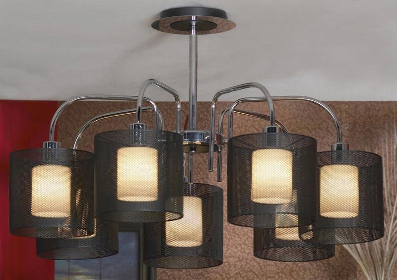 Потолочная люстра на штанге LSF-1903-07 Lussoleна штанге<br>LSF-1903-07. Бренд - Lussole. материал плафона - металл. цвет плафона - черный. тип цоколя - E27. тип лампы - накаливания или LED. ширина/диаметр - 900. мощность - 60. количество ламп - 7.<br><br>популярные производители: Lussole<br>материал плафона: металл<br>цвет плафона: черный<br>тип цоколя: E27<br>тип лампы: накаливания или LED<br>ширина/диаметр: 900<br>максимальная мощность лампочки: 60<br>количество лампочек: 7