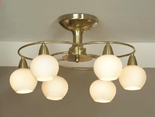 Потолочная люстра на штанге LSQ-4717-06 Lussoleна штанге<br>LSQ-4717-06. Бренд - Lussole. материал плафона - стекло. цвет плафона - белый. тип цоколя - E14. тип лампы - накаливания или LED. ширина/диаметр - 540. мощность - 40. количество ламп - 6.<br><br>популярные производители: Lussole<br>материал плафона: стекло<br>цвет плафона: белый<br>тип цоколя: E14<br>тип лампы: накаливания или LED<br>ширина/диаметр: 540<br>максимальная мощность лампочки: 40<br>количество лампочек: 6