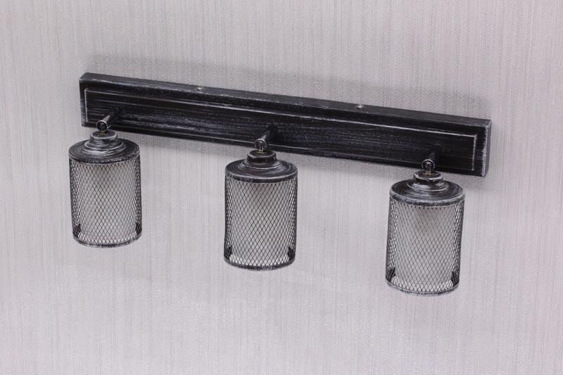 Бра CL535531Настенные и бра<br>CL535531 Робин Тем.Серый Св-к Наст.-Потол.. Бренд - Citilux. тип лампы - накаливания или LED. количество ламп - 3. тип цоколя - E14. мощность лампы - 60. цвет арматуры - черный. цвет плафона - черный. материал арматуры - металл. материал плафона - металл. степень защиты ip - 20. форма - прямоугольник. стиль - кантри. страна происхождения - Дания. коллекция - Робин. напряжение - 220.<br><br>Бренд: Citilux<br>тип лампы: накаливания или LED<br>количество ламп: 3<br>тип цоколя: E14<br>мощность лампы: 60<br>цвет арматуры: черный<br>цвет плафона: черный<br>материал арматуры: металл<br>материал плафона: металл<br>степень защиты ip: 20<br>форма: прямоугольник<br>стиль: кантри<br>страна происхождения: Дания<br>коллекция: Робин<br>напряжение: 220