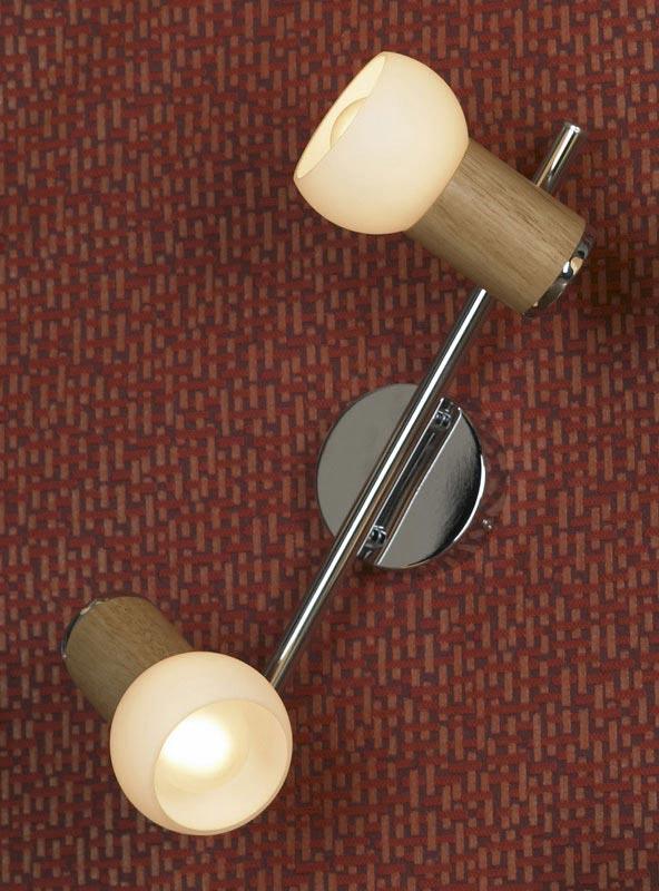 спот LSN-6001-02 LussoleСпоты<br>LSN-6001-02. Бренд - Lussole. материал плафона - стекло. цвет плафона - белый. тип цоколя - E14. тип лампы - накаливания или LED. ширина/диаметр - 140. мощность - 40. количество ламп - 2.<br><br>популярные производители: Lussole<br>материал плафона: стекло<br>цвет плафона: белый<br>тип цоколя: E14<br>тип лампы: накаливания или LED<br>ширина/диаметр: 140<br>максимальная мощность лампочки: 40<br>количество лампочек: 2