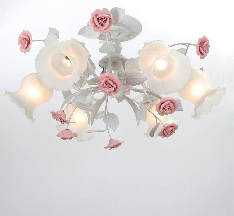 Потолочная люстра на штанге Fiori di rose 114.6 Lucia Tucciна штанге<br>Люстра Fiori di rose 114.6. Бренд - Lucia Tucci. материал плафона - стекло. цвет плафона - белый. тип цоколя - E27. тип лампы - накаливания или LED. ширина/диаметр - 650. мощность - 60. количество ламп - 6.<br><br>популярные производители: Lucia Tucci<br>материал плафона: стекло<br>цвет плафона: белый<br>тип цоколя: E27<br>тип лампы: накаливания или LED<br>ширина/диаметр: 650<br>максимальная мощность лампочки: 60<br>количество лампочек: 6