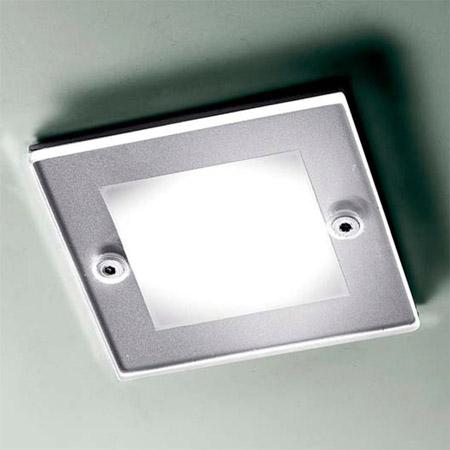 Точечный светильник SD 101 NICKELвстраиваемые<br>ITRE SD 101 nikel светильник встраиваемый. Бренд - LEUCOS. тип лампы - галогеновая или LED. количество ламп - 1. тип цоколя - GU5.3. мощность лампы - 50. цвет арматуры - никель. цвет плафона - белый. материал арматуры - металл. материал плафона - стекло. высота - 60. ширина/диаметр - 110. длина - 110. форма - квадрат. стиль - хай-тек. страна происхождения - Италия. напряжение - 12.<br><br>Бренд: LEUCOS<br>тип лампы: галогеновая или LED<br>количество ламп: 1<br>тип цоколя: GU5.3<br>мощность лампы: 50<br>цвет арматуры: никель<br>цвет плафона: белый<br>материал арматуры: металл<br>материал плафона: стекло<br>высота: 60<br>ширина/диаметр: 110<br>длина: 110<br>форма: квадрат<br>стиль: хай-тек<br>страна происхождения: Италия<br>напряжение: 12