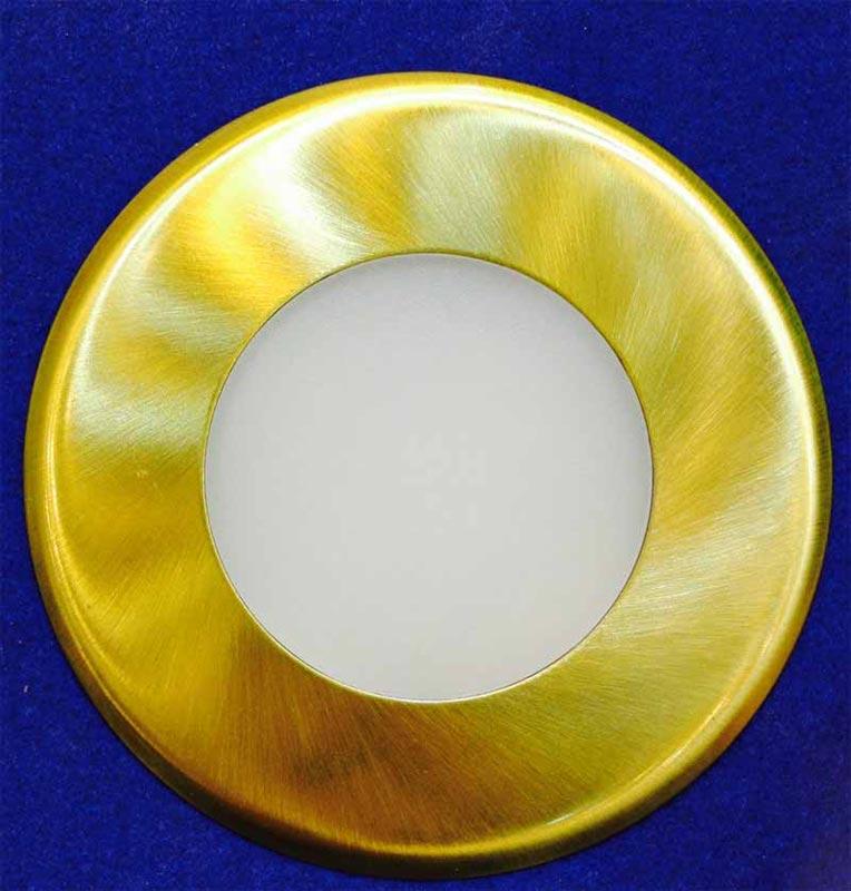 Светильник для подсветки 1589027810 NobileПодсветка стен и ступеней<br>Круг Светильник LED Floor 686R 1шт. латунь. Бренд - Nobile. материал плафона - стекло. цвет плафона - белый. тип лампы - LED. ширина/диаметр - 90. количество ламп - 1.<br><br>популярные производители: Nobile<br>материал плафона: стекло<br>цвет плафона: белый<br>тип лампы: LED<br>ширина/диаметр: 90<br>максимальная мощность лампочки: 0<br>количество лампочек: 1