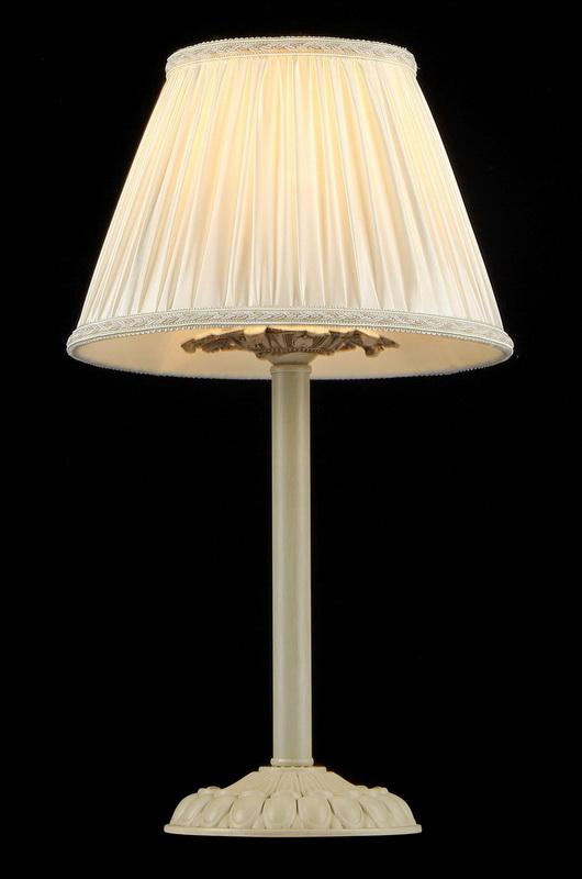 Настольная лампа ARM326-00-W MaytoniНастольные лампы<br>ARM326-00-W. Бренд - Maytoni. материал плафона - ткань. цвет плафона - белый. тип цоколя - E14. тип лампы - накаливания или LED. ширина/диаметр - 150. мощность - 40. количество ламп - 1.<br><br>популярные производители: Maytoni<br>материал плафона: ткань<br>цвет плафона: белый<br>тип цоколя: E14<br>тип лампы: накаливания или LED<br>ширина/диаметр: 150<br>максимальная мощность лампочки: 40<br>количество лампочек: 1