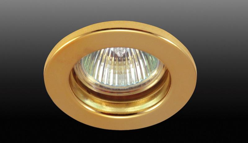 Точечный светильник N1511.79 Donoluxвстраиваемые<br>DL060PG Donolux Светильник встраиваемый не поворотный MR16,max 50w GU5,3 D 80 H 38, полир.золото. Бренд - Donolux. тип цоколя - GU5.3. тип лампы - галогеновая или LED. ширина/диаметр - 80. мощность - 50. количество ламп - 1.<br><br>популярные производители: Donolux<br>тип цоколя: GU5.3<br>тип лампы: галогеновая или LED<br>ширина/диаметр: 80<br>максимальная мощность лампочки: 50<br>количество лампочек: 1
