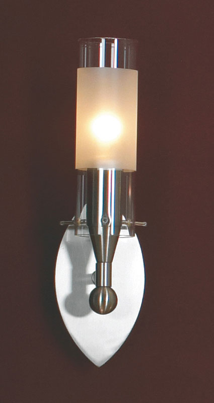 Бра LSA-0221-01 LussoleНастенные и бра<br>LSA-0221-01. Бренд - Lussole. материал плафона - стекло. цвет плафона - белый. тип цоколя - E14. тип лампы - накаливания или LED. ширина/диаметр - 80. мощность - 40. количество ламп - 1.<br><br>популярные производители: Lussole<br>материал плафона: стекло<br>цвет плафона: белый<br>тип цоколя: E14<br>тип лампы: накаливания или LED<br>ширина/диаметр: 80<br>максимальная мощность лампочки: 40<br>количество лампочек: 1