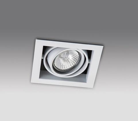 Точечный светильник XF001L WHITE MEGALIGHTвстраиваемые<br>XF 001L WHITE светильник. Бренд - MEGALIGHT. материал плафона - металл. цвет плафона - белый. тип цоколя - GU10. тип лампы - галогеновая или LED. ширина/диаметр - 108. мощность - 50. количество ламп - 1.<br><br>популярные производители: MEGALIGHT<br>материал плафона: металл<br>цвет плафона: белый<br>тип цоколя: GU10<br>тип лампы: галогеновая или LED<br>ширина/диаметр: 108<br>максимальная мощность лампочки: 50<br>количество лампочек: 1