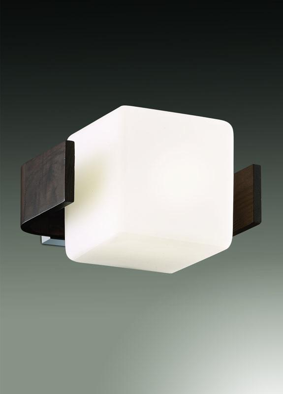 Бра 2199/1W Odeon LightНастенные и бра<br>2199/1W ODL12 485 хром/тёмное дерево Бра  E27 60W 220V VIA. Бренд - Odeon Light. материал плафона - стекло. цвет плафона - белый. тип цоколя - E27. тип лампы - галогеновая или LED. ширина/диаметр - 180. мощность - 60. количество ламп - 1.<br><br>популярные производители: Odeon Light<br>материал плафона: стекло<br>цвет плафона: белый<br>тип цоколя: E27<br>тип лампы: галогеновая или LED<br>ширина/диаметр: 180<br>максимальная мощность лампочки: 60<br>количество лампочек: 1