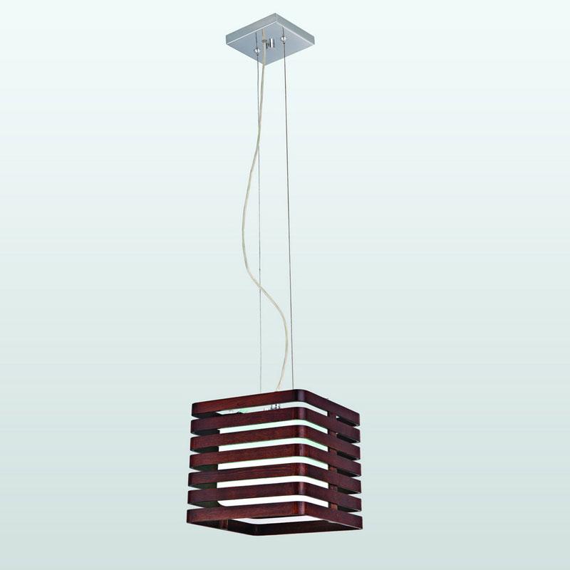 Подвесной  потолочный светильник 1674-1Pподвесные<br>Подвес. Бренд - Favourite. тип лампы - накаливания или LED. количество ламп - 1. тип цоколя - E27. мощность - 60. цвет арматуры - хром. цвет плафона - коричневый. материал арматуры - металл. материал плафона - стекло. высота - 1000. ширина/диаметр - 230. длина - 230. степень защиты ip - 20. форма - квадрат. стиль - модерн. страна происхождения - Германия. коллекция - Orient. выключатель - Да. напряжение - 220.<br><br>Бренд: Favourite<br>тип лампы: накаливания или LED<br>количество ламп: 1<br>тип цоколя: E27<br>мощность: 60<br>цвет арматуры: хром<br>цвет плафона: коричневый<br>материал арматуры: металл<br>материал плафона: стекло<br>высота: 1000<br>ширина/диаметр: 230<br>длина: 230<br>степень защиты ip: 20<br>форма: квадрат<br>стиль: модерн<br>страна происхождения: Германия<br>коллекция: Orient<br>выключатель: Да<br>напряжение: 220