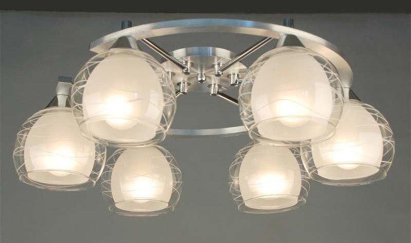 Потолочная люстра накладная CL157162 Citiluxнакладные<br>CL157162 Потолочная люстра Буги CL157162. Бренд - Citilux. материал плафона - стекло. цвет плафона - белый. тип цоколя - E27. тип лампы - накаливания или LED. ширина/диаметр - 535. мощность - 75. количество ламп - 6.<br><br>популярные производители: Citilux<br>материал плафона: стекло<br>цвет плафона: белый<br>тип цоколя: E27<br>тип лампы: накаливания или LED<br>ширина/диаметр: 535<br>максимальная мощность лампочки: 75<br>количество лампочек: 6