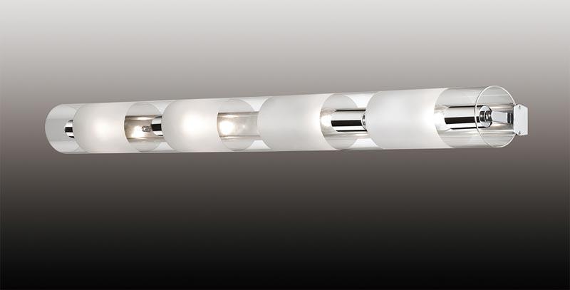 Бра 2743/4W  Odeon LightНастенные и бра<br>2743/4W ODL15 787 хром/стекло Настенный светильник E14 4*40W 220V LEMO. Бренд - Odeon Light. материал плафона - стекло. цвет плафона - прозрачный. тип цоколя - E14. тип лампы - накаливания или LED. мощность - 60. количество ламп - 4.<br><br>популярные производители: Odeon Light<br>материал плафона: стекло<br>цвет плафона: прозрачный<br>тип цоколя: E14<br>тип лампы: накаливания или LED<br>максимальная мощность лампочки: 60<br>количество лампочек: 4