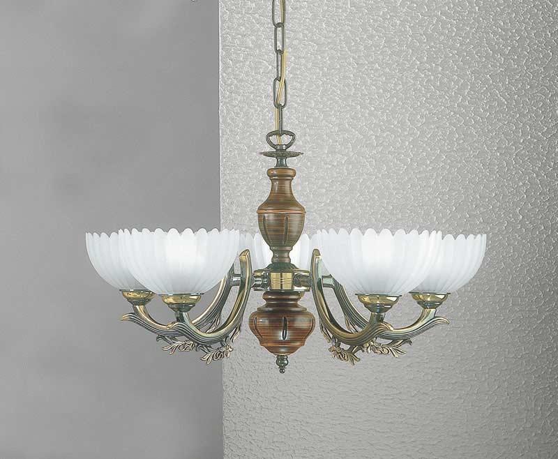 Потолочная люстра подвесная L 2805/5 Reccagni Angeloподвесные<br>L 2805/5. Бренд - Reccagni Angelo. материал плафона - стекло. цвет плафона - белый. тип цоколя - E27. тип лампы - накаливания или LED. ширина/диаметр - 520. мощность - 60. количество ламп - 5.<br><br>популярные производители: Reccagni Angelo<br>материал плафона: стекло<br>цвет плафона: белый<br>тип цоколя: E27<br>тип лампы: накаливания или LED<br>ширина/диаметр: 520<br>максимальная мощность лампочки: 60<br>количество лампочек: 5