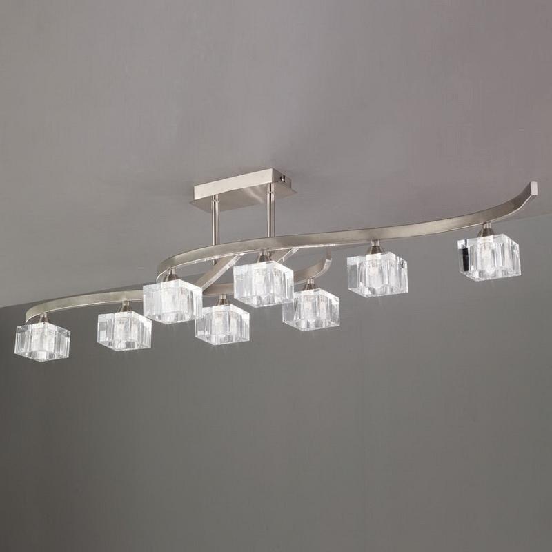 Потолочная люстра на штанге 1111 Mantraна штанге<br>SEMICEILING 8L. Бренд - Mantra. материал плафона - стекло. цвет плафона - прозрачный. тип цоколя - G9. тип лампы - галогеновая или LED. ширина/диаметр - 1160. мощность - 40. количество ламп - 8.<br><br>популярные производители: Mantra<br>материал плафона: стекло<br>цвет плафона: прозрачный<br>тип цоколя: G9<br>тип лампы: галогеновая или LED<br>ширина/диаметр: 1160<br>максимальная мощность лампочки: 40<br>количество лампочек: 8