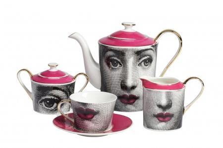 Чайный сервиз Faces Пьеро Форназеттиi Pink DG-HOMEЧайные наборы<br>. Бренд - DG-HOME. материал - Костяной фарфор. цвет - розовый.<br><br>популярные производители: DG-HOME<br>материал: Костяной фарфор<br>цвет: розовый