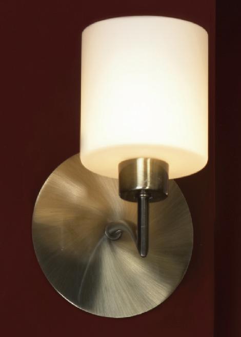 Бра LSQ-1101-01 LussoleНастенные и бра<br>LSQ-1101-01. Бренд - Lussole. материал плафона - стекло. цвет плафона - белый. тип цоколя - G9. тип лампы - галогеновая или LED. ширина/диаметр - 140. мощность - 40. количество ламп - 1.<br><br>популярные производители: Lussole<br>материал плафона: стекло<br>цвет плафона: белый<br>тип цоколя: G9<br>тип лампы: галогеновая или LED<br>ширина/диаметр: 140<br>максимальная мощность лампочки: 40<br>количество лампочек: 1