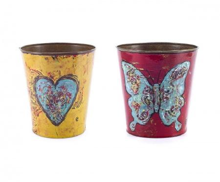 Набор декоративных горшков для цветов Mariposa DG-HOMEВазы и кашпо<br>. Бренд - DG-HOME. ширина/диаметр - 165. материал - Металл. цвет - Разноцветный.<br><br>популярные производители: DG-HOME<br>ширина/диаметр: 165<br>материал: Металл<br>цвет: Разноцветный