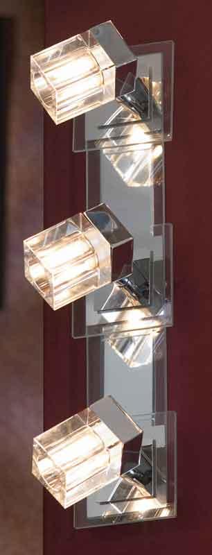 спот LSN-0601-03 LussoleСпоты<br>LSN-0601-03. Бренд - Lussole. материал плафона - стекло. цвет плафона - прозрачный. тип цоколя - G9. тип лампы - галогеновая или LED. ширина/диаметр - 100. мощность - 40. количество ламп - 3.<br><br>популярные производители: Lussole<br>материал плафона: стекло<br>цвет плафона: прозрачный<br>тип цоколя: G9<br>тип лампы: галогеновая или LED<br>ширина/диаметр: 100<br>максимальная мощность лампочки: 40<br>количество лампочек: 3