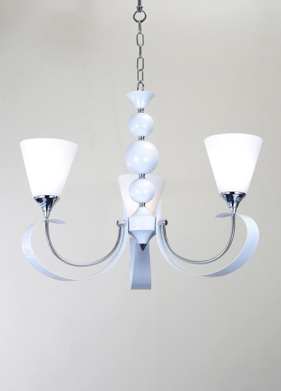 Потолочная люстра подвесная MANDORIA 099.3 Lucia Tucciподвесные<br>Люстра MANDORIA 099.3. Бренд - Lucia Tucci. материал плафона - стекло. цвет плафона - белый. тип цоколя - E14. тип лампы - накаливания или LED. ширина/диаметр - 570. мощность - 60. количество ламп - 3.<br><br>популярные производители: Lucia Tucci<br>материал плафона: стекло<br>цвет плафона: белый<br>тип цоколя: E14<br>тип лампы: накаливания или LED<br>ширина/диаметр: 570<br>максимальная мощность лампочки: 60<br>количество лампочек: 3