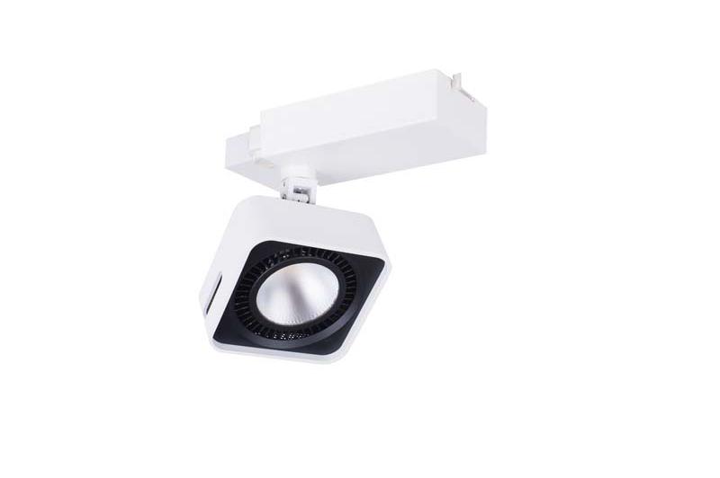 Светильник  DL18409/11WW-Track SQ White Donoluxсветильники<br>Donolux Светильник светодиодный, в шину, 40Вт 1000мА, 3400LM, 3000К, IP20, 60° D130х130 мм, Белый+ис. Бренд - Donolux. материал плафона - металл. цвет плафона - белый. тип лампы - LED. ширина/диаметр - 130. мощность - 40. количество ламп - 1.<br><br>популярные производители: Donolux<br>материал плафона: металл<br>цвет плафона: белый<br>тип лампы: LED<br>ширина/диаметр: 130<br>максимальная мощность лампочки: 40<br>количество лампочек: 1