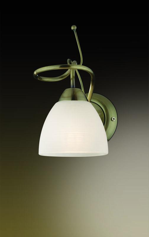 Бра 2120/1W Odeon LightНастенные и бра<br>2120/1W ODL11 087 бронза Бра  E14 60W 220V KAENA. Бренд - Odeon Light. материал плафона - стекло. цвет плафона - белый. тип цоколя - E14. тип лампы - галогеновая или LED. ширина/диаметр - 123. мощность - 60. количество ламп - 1.<br><br>популярные производители: Odeon Light<br>материал плафона: стекло<br>цвет плафона: белый<br>тип цоколя: E14<br>тип лампы: галогеновая или LED<br>ширина/диаметр: 123<br>максимальная мощность лампочки: 60<br>количество лампочек: 1