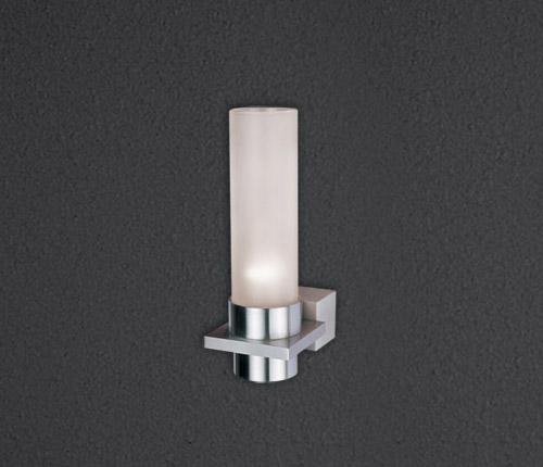 Бра Candella L 555.11 SDM LuceНастенные и бра<br>Бра алюминиевая неповоротная со стеклом, E14 max 60W, IP 20, 200x70x110mm. Бренд - SDM Luce. материал плафона - стекло. цвет плафона - белый. тип цоколя - E14. тип лампы - накаливания или LED. ширина/диаметр - 110. мощность - 60. количество ламп - 1.<br><br>популярные производители: SDM Luce<br>материал плафона: стекло<br>цвет плафона: белый<br>тип цоколя: E14<br>тип лампы: накаливания или LED<br>ширина/диаметр: 110<br>максимальная мощность лампочки: 60<br>количество лампочек: 1