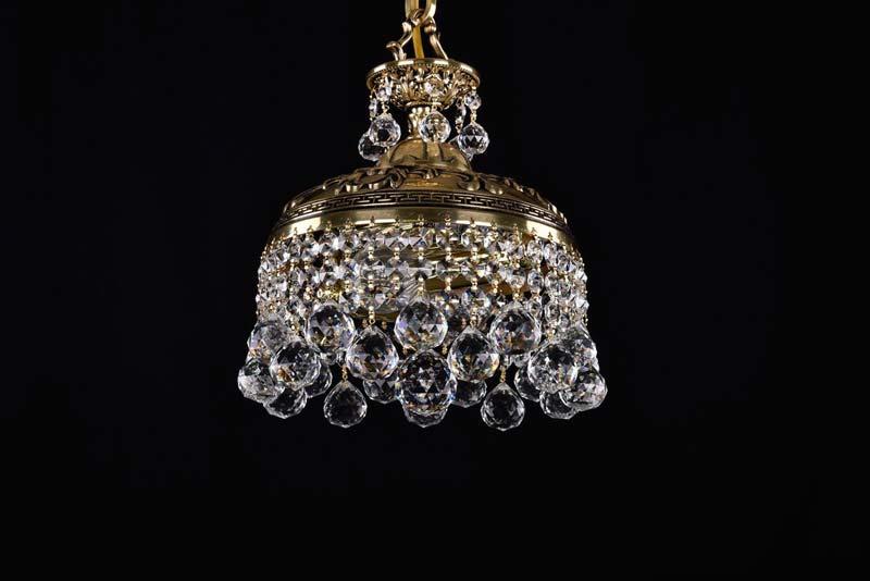 Потолочная люстра подвесная 1778/25/GB/Balls Bohemia Ivele Crystalподвесные<br>Люстра. Бренд - Bohemia Ivele Crystal. материал плафона - хрусталь. цвет плафона - прозрачный. тип цоколя - E14. тип лампы - накаливания или LED. ширина/диаметр - 250. мощность - 40. количество ламп - 4.<br><br>популярные производители: Bohemia Ivele Crystal<br>материал плафона: хрусталь<br>цвет плафона: прозрачный<br>тип цоколя: E14<br>тип лампы: накаливания или LED<br>ширина/диаметр: 250<br>максимальная мощность лампочки: 40<br>количество лампочек: 4